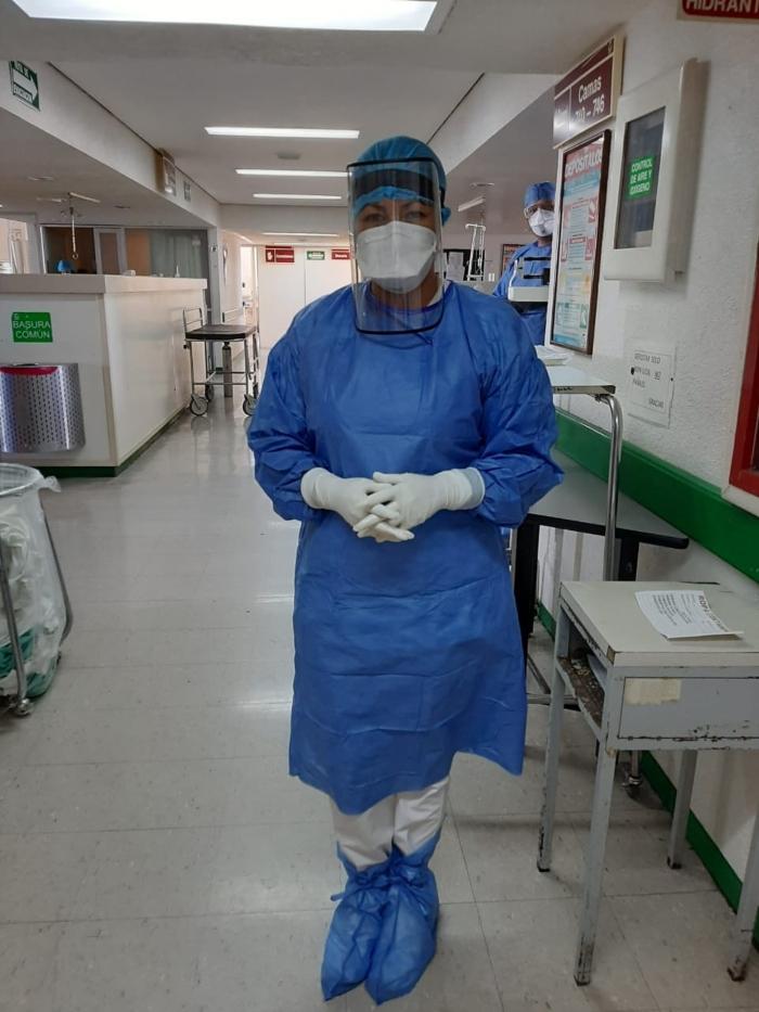 enfermera-canta-imss