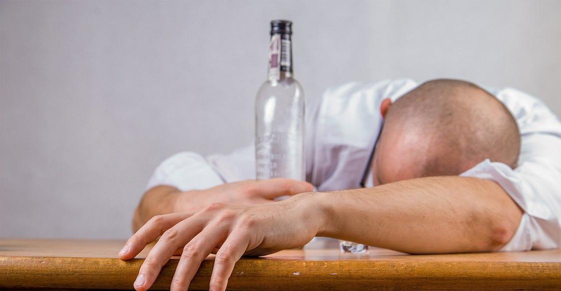 intoxicacion-bebidas-alcohol-adulterado