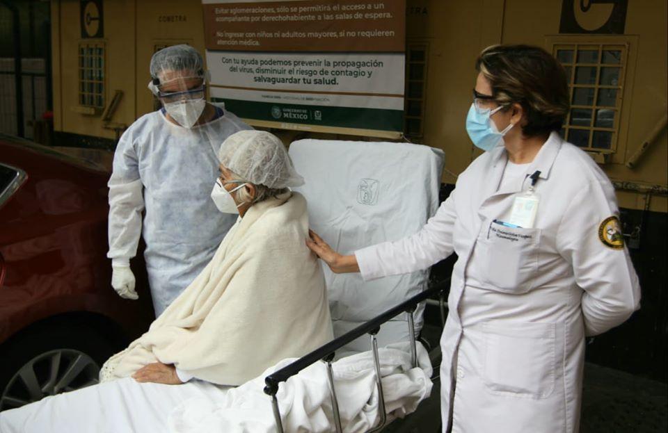 Mujer supera COVID-19 con tratamiento con plasma