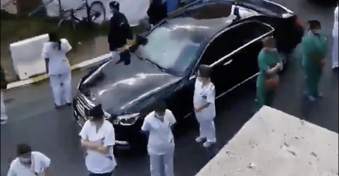 protesta-belgica-medicos-doctores-primer-ministo-video-espalda-coche-hospital-03