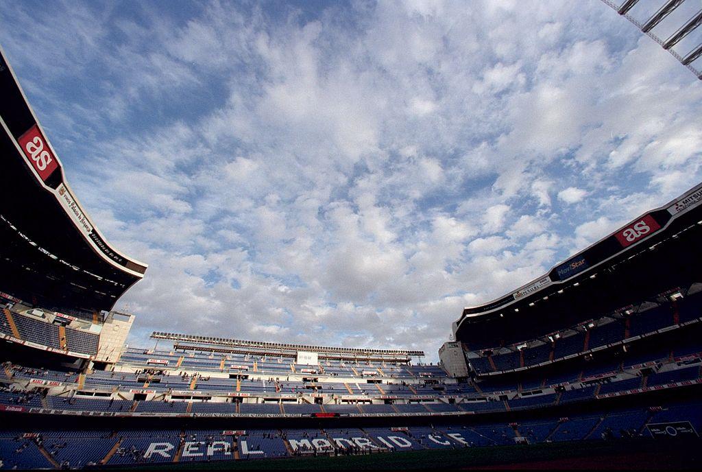 Empresa de Slim, bajo presión en la remodelación del Santiago Bernabéu