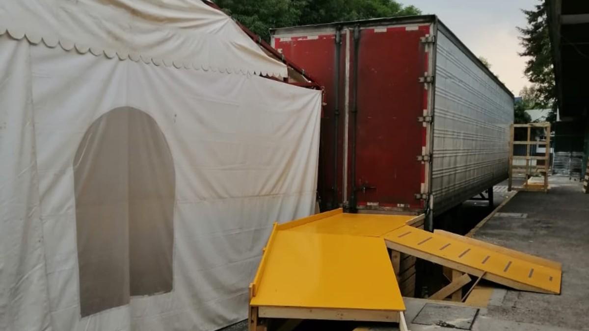traileres-cadaveres-pacientes-covid-19-edomex-almacenados-camiones