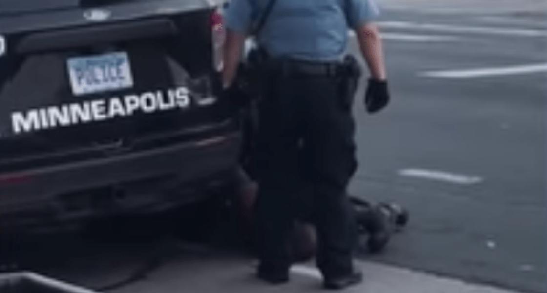 Violence-Police-Racism-U.S.-George-Floyd-Knee-Neck-Video-Viral Protest