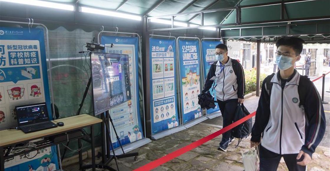 wuhan-china-clases-regreso-estudiantes-escuela-coronavirus-covid-pandemia-como-fotos-video-03