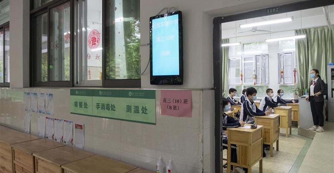 wuhan-china-clases-regreso-estudiantes-escuela-coronavirus-covid-pandemia-como-fotos-video-04