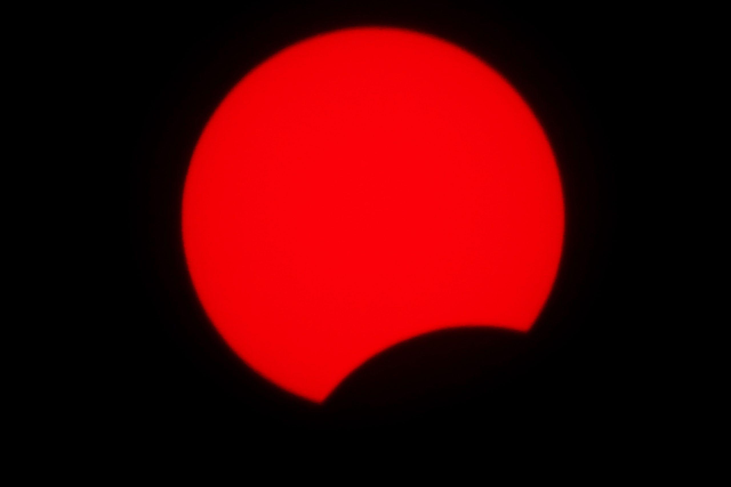 El anillo de fuego se forma cuando la luna se alinea con el sol