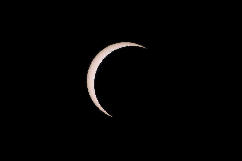 Foto del eclipse solar que dio paso al solsticio de verano