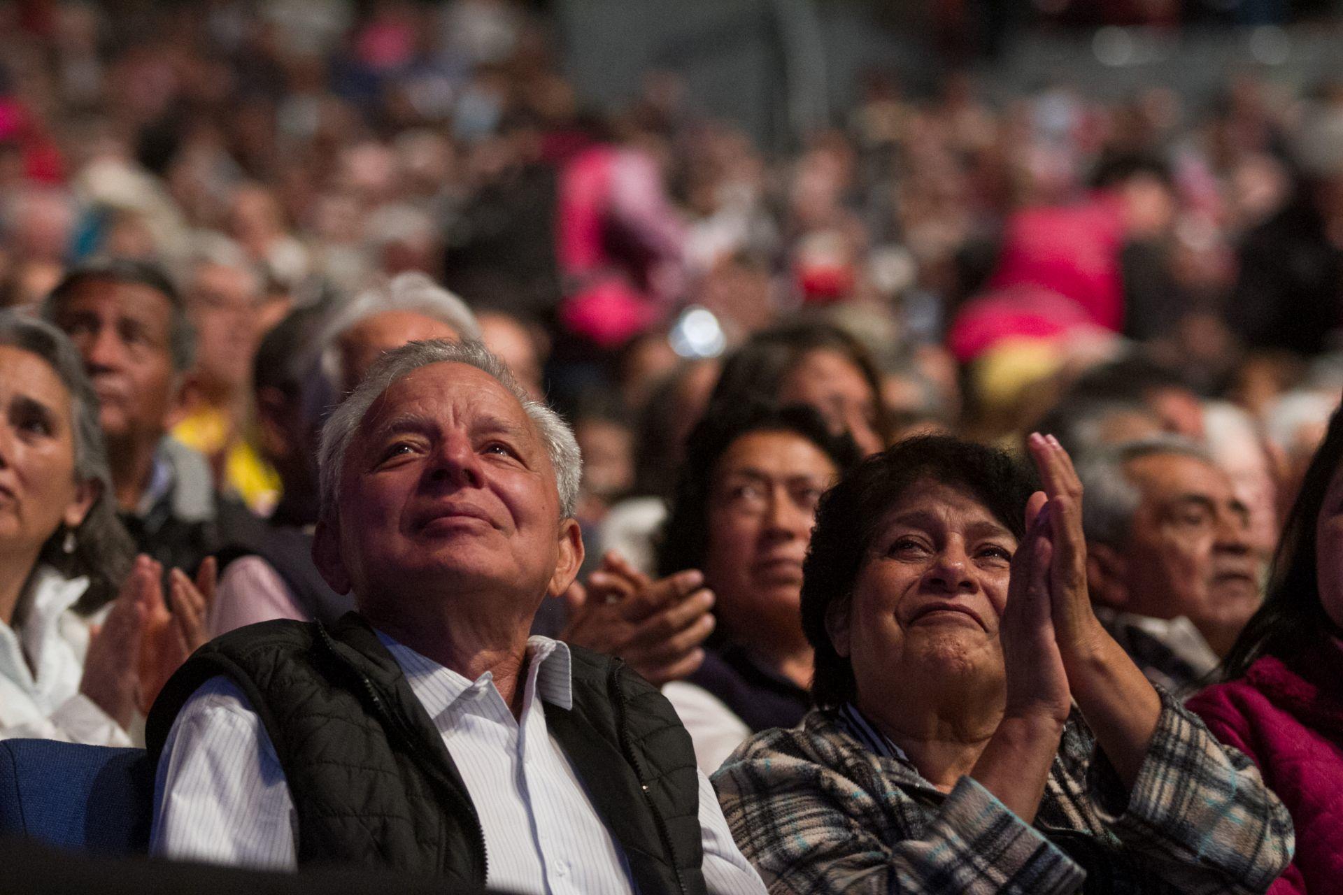 No sean así: Más de la mitad de los adultos mayores en México sufren maltrato por parte de sus hijos