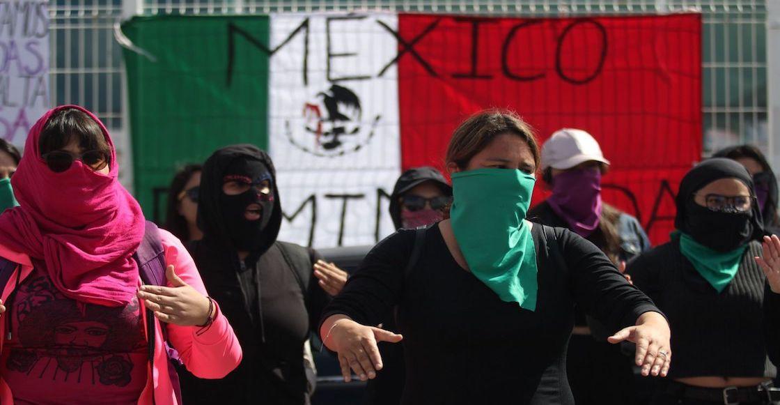 asesinatos-mujeres-epidemia-coronavirus-violencia.