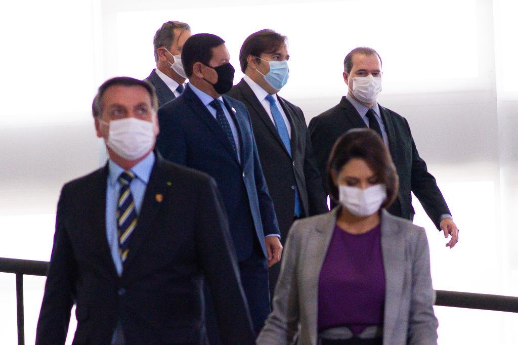 jair-bolsonaro-brasil-cubrebocas-coronavirus