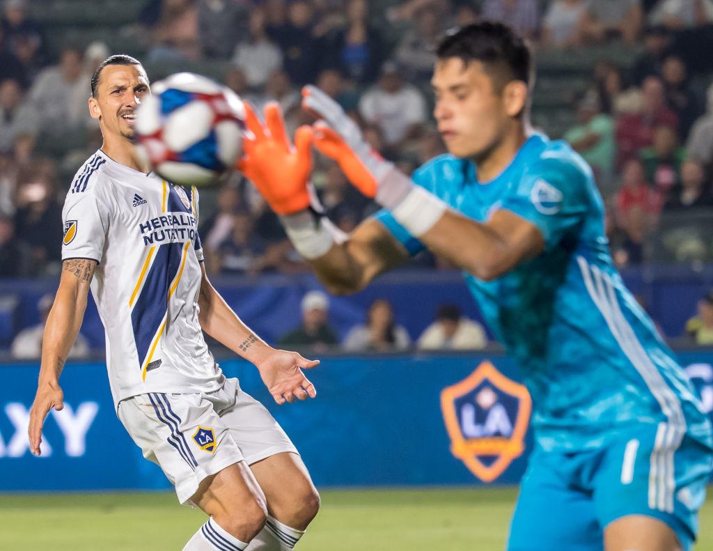 MLS suspende al mexicnao Jesse González, acusado por violencia doméstica