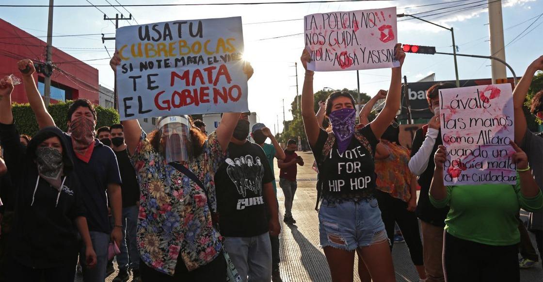 Enrique Alfaro presentó a los policías detenidos por el caso de Giovanni López