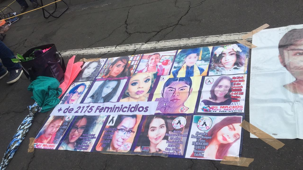 protesta-palacio-nacional-feminicidios-ceav