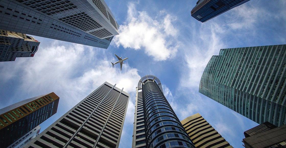 rascacielos-avion-ciudad-país-inversión