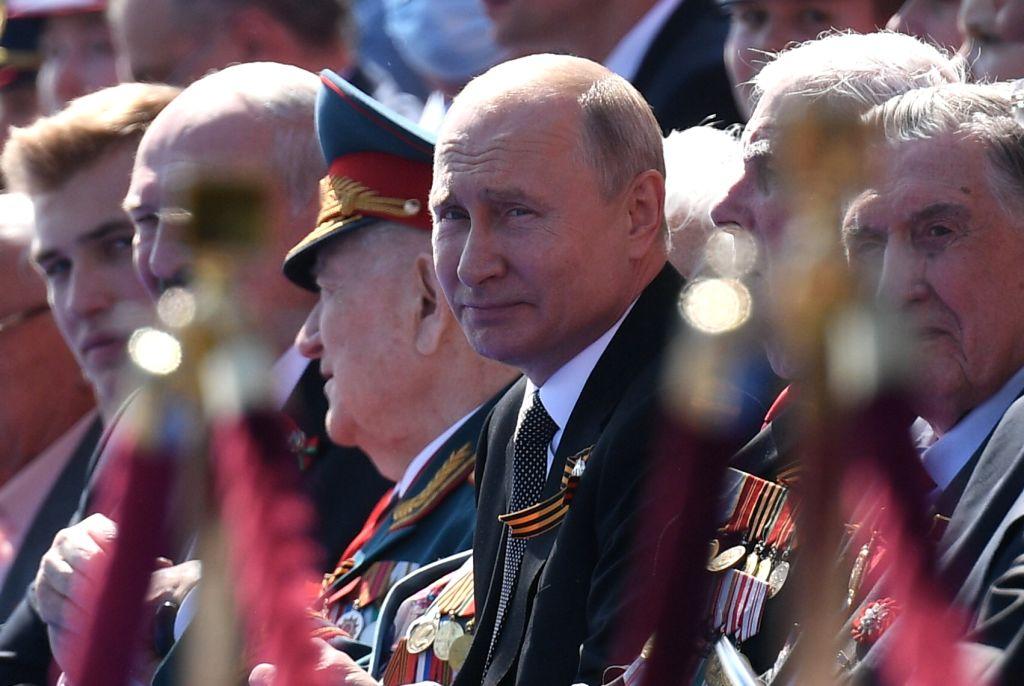 Vladimir-small parade victory coronavirus