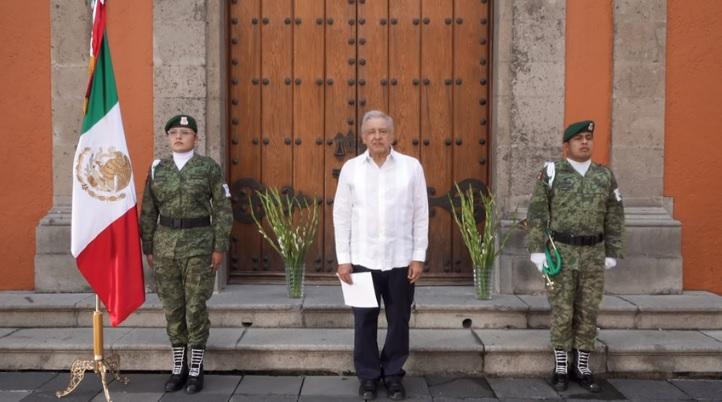 AMLO homenaje palacio nacional