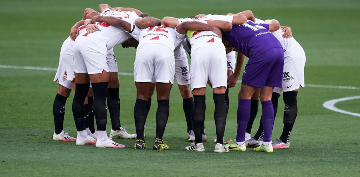 ¿Sevilla podría no jugar la Europa League tras reportar un positivo por coronavirus?