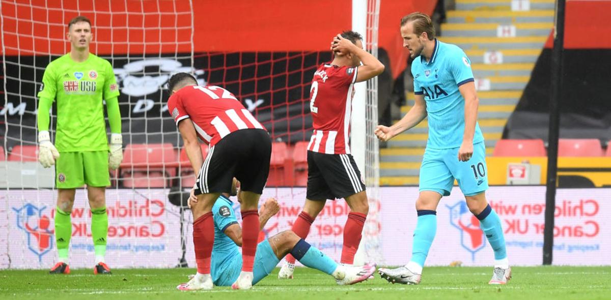 ¿Mano? El polémico gol que el VAR le quitó a Harry Kane en el Sheffield vs Tottenham