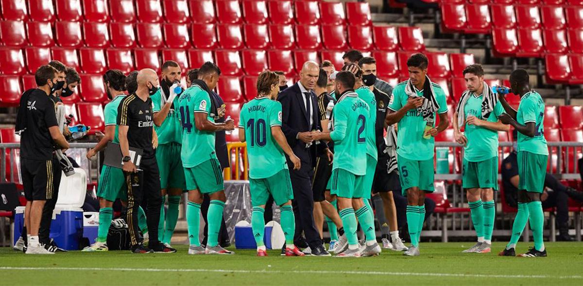 El golazo a lo Roberto Carlos de Ferland Mendy en la victoria del Real Madrid sobre el Granada