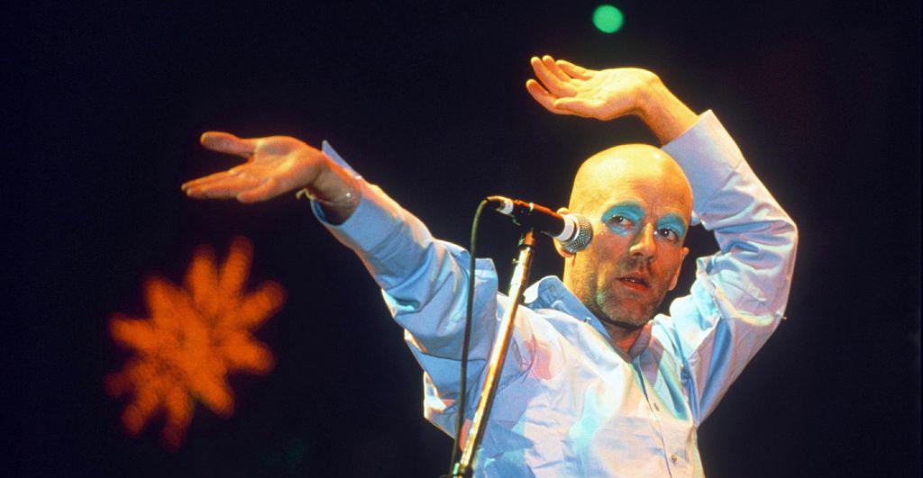 R.E.M. va a transmitir su set legendario de Glastonbury en 1999