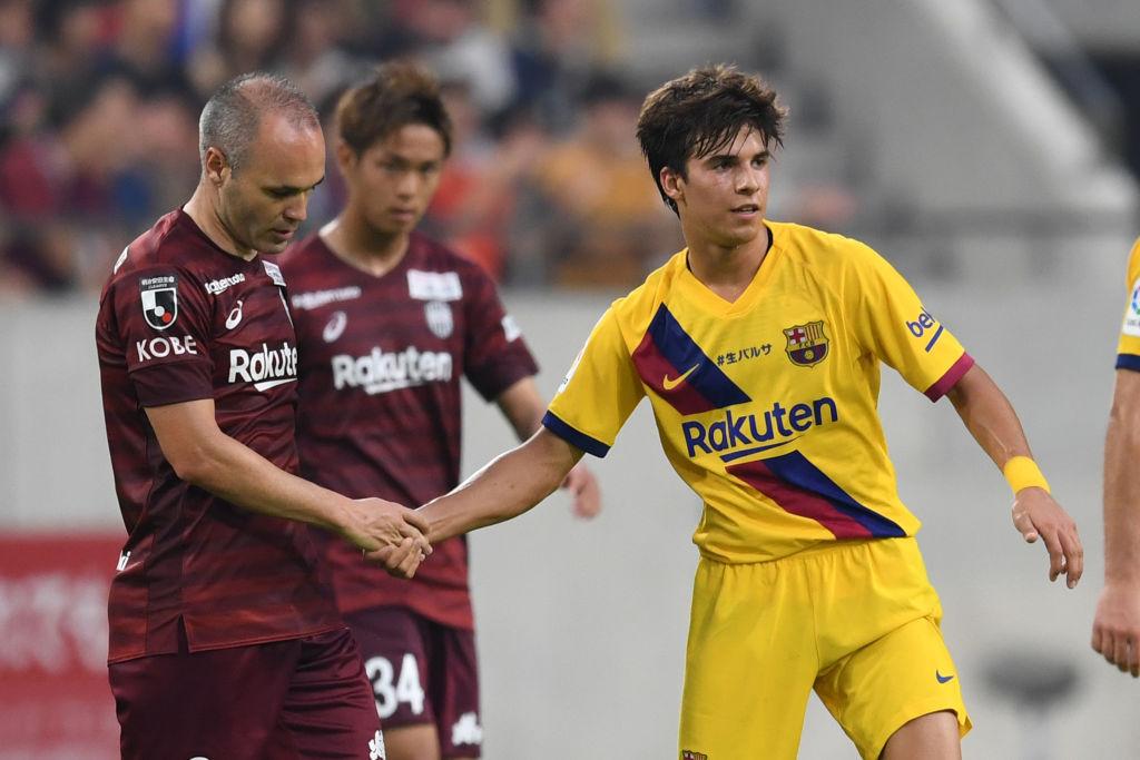 Twitter se rinde a los pies de Riqui Puig, el nuevo Xavi Hernández del Barcelona
