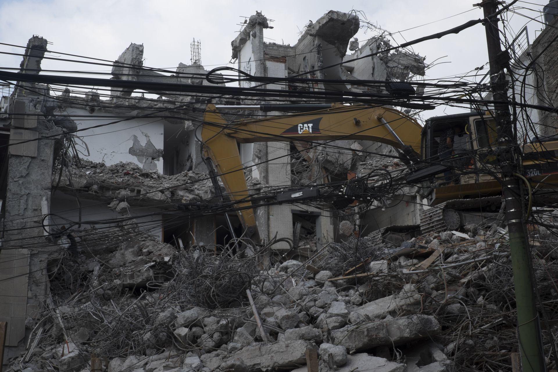 demolición-edificio-condesa-cdmx-reconstrucción