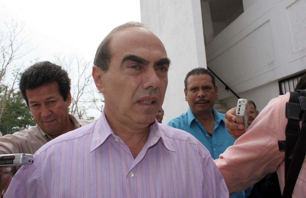 lydia-cacho-reporta-detencion-kamel-nacif