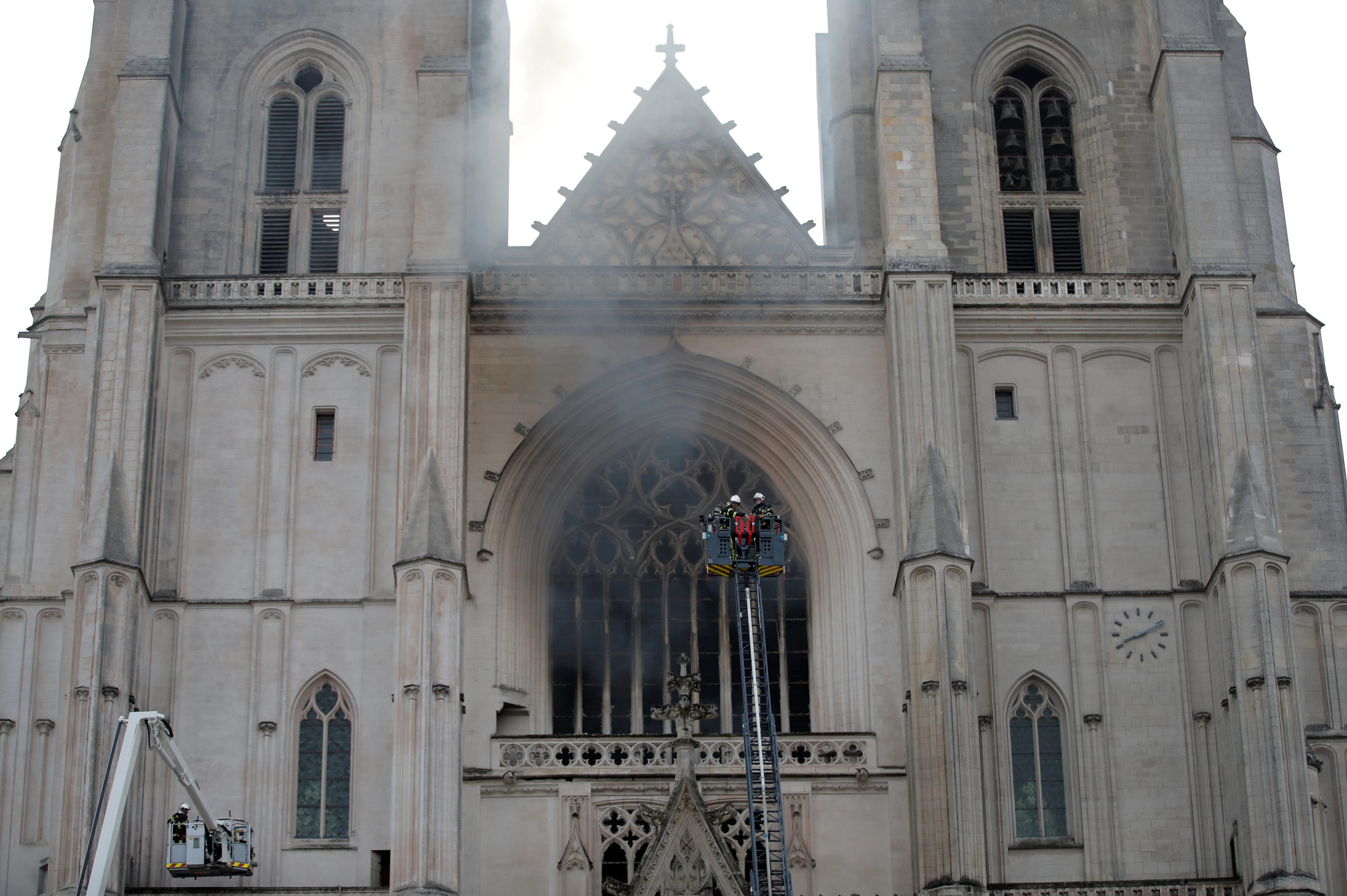 incendio en la Catedral de Nantes
