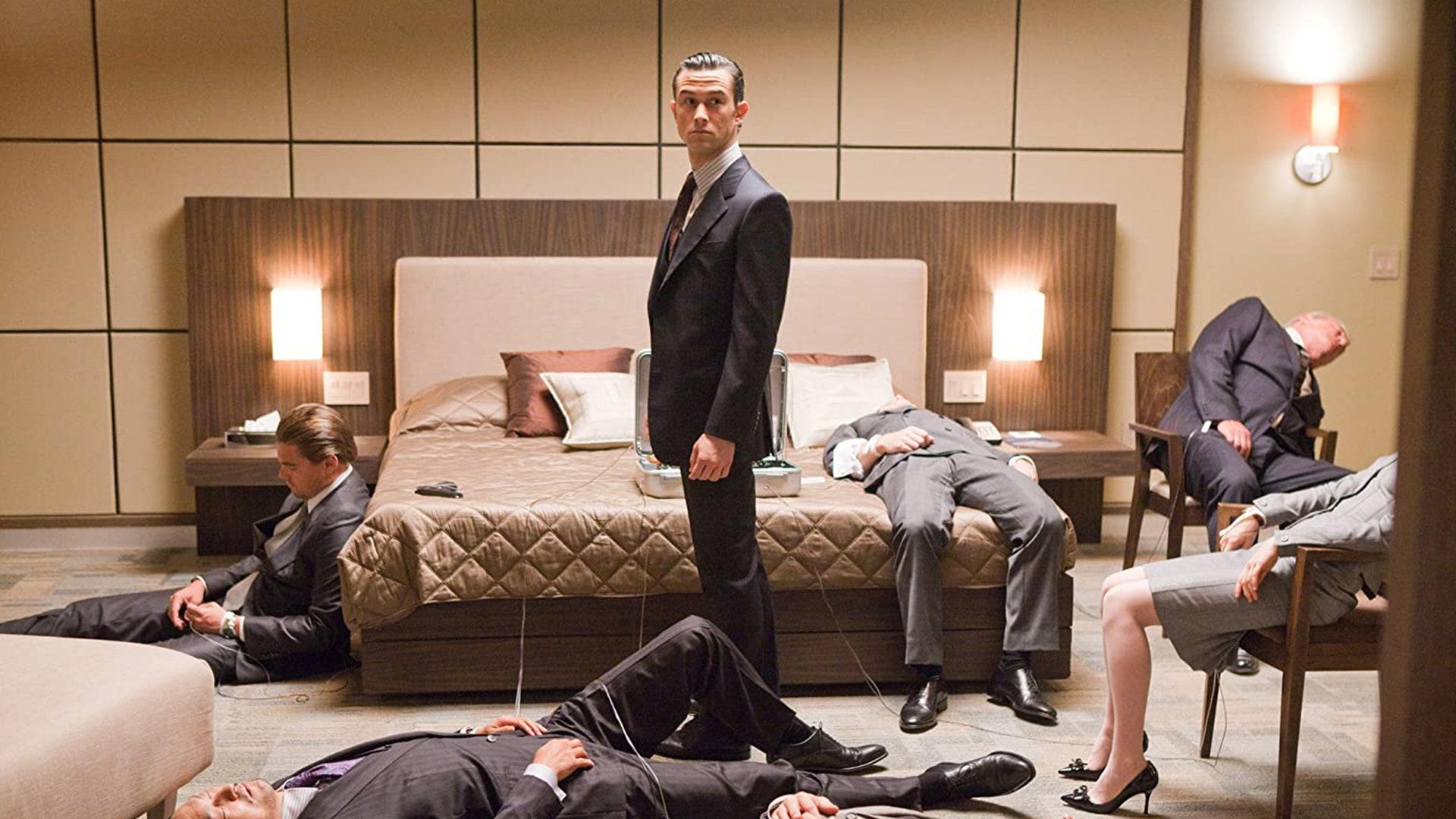Joseph Gordon-Levitt como Arthur en 'Inception'