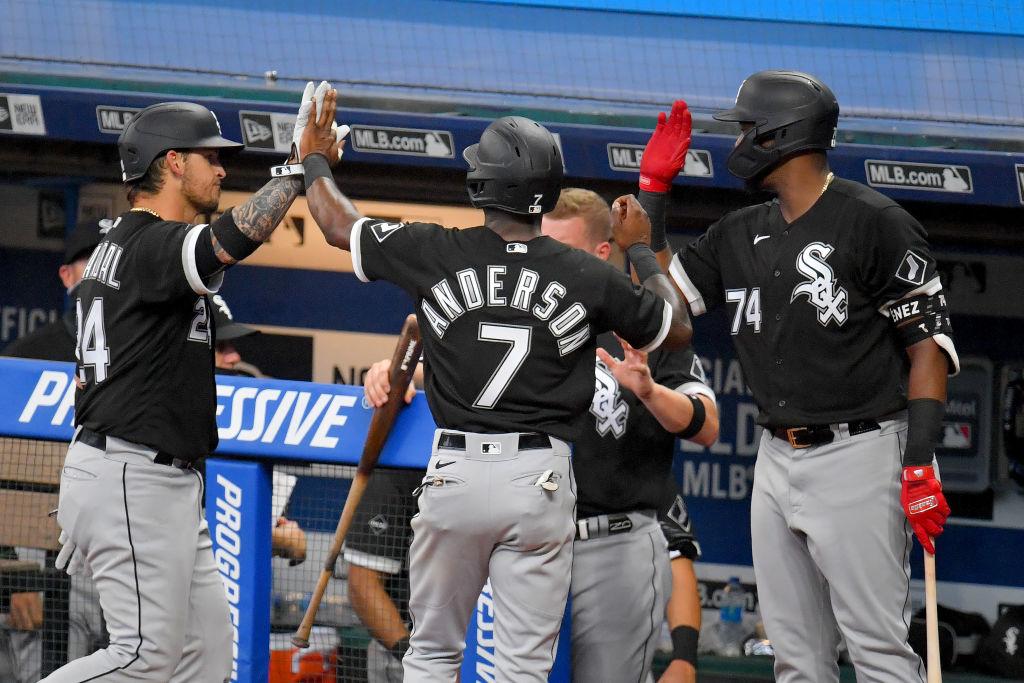 MLB amenaza con dar por terminada la temporada por mal manejo del protocolo sanitario