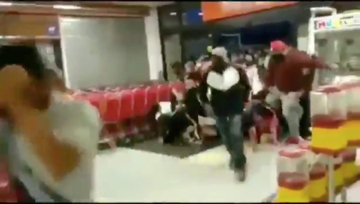 'Black Friday' 2.0: Personas provocan estampida humana en un Soriana de Chilpancingo