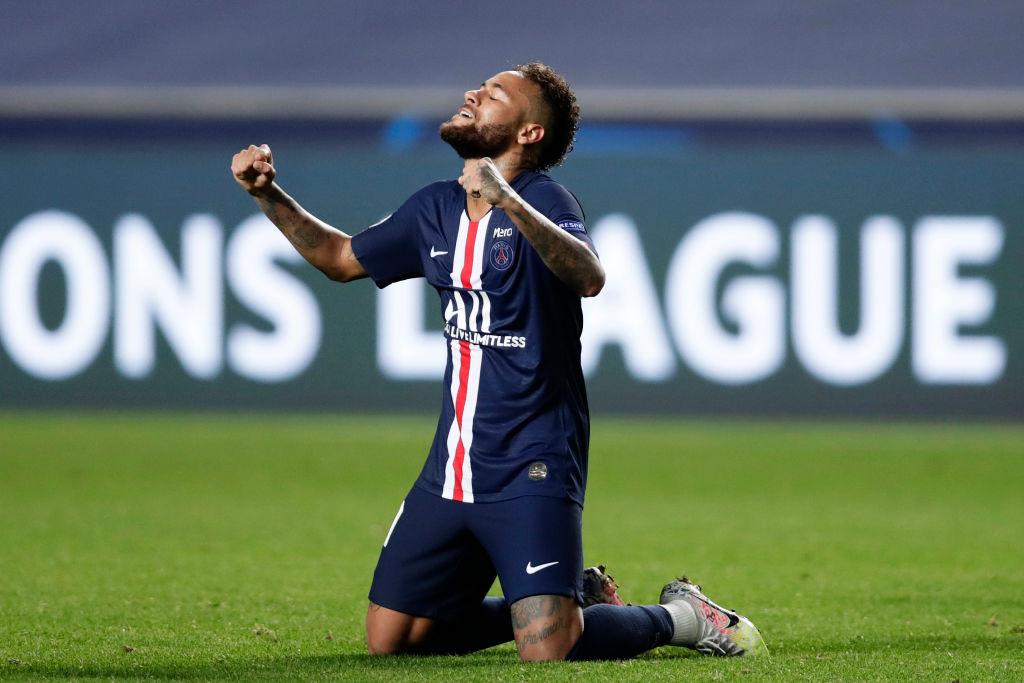 Neymar celebra el pase a la final del PSG en la UEFA Champions League