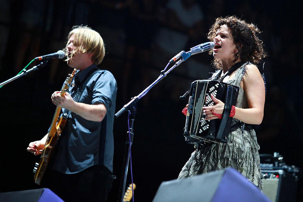 'The Suburbs': A 10 años de la graduación musical de Arcade Fire
