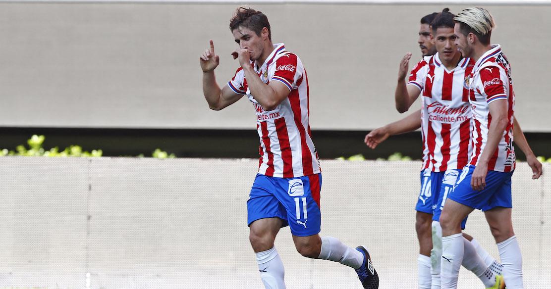 Isaac Brizuela reconoce trabajo de Víctor Manuel Vucetich en Chivas y asegura que brinda mayor confianza a los jugadores