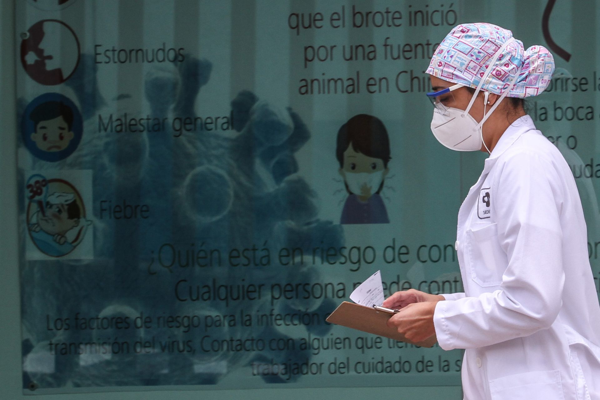 trabajadores-salud-hospital-covid-enfermera