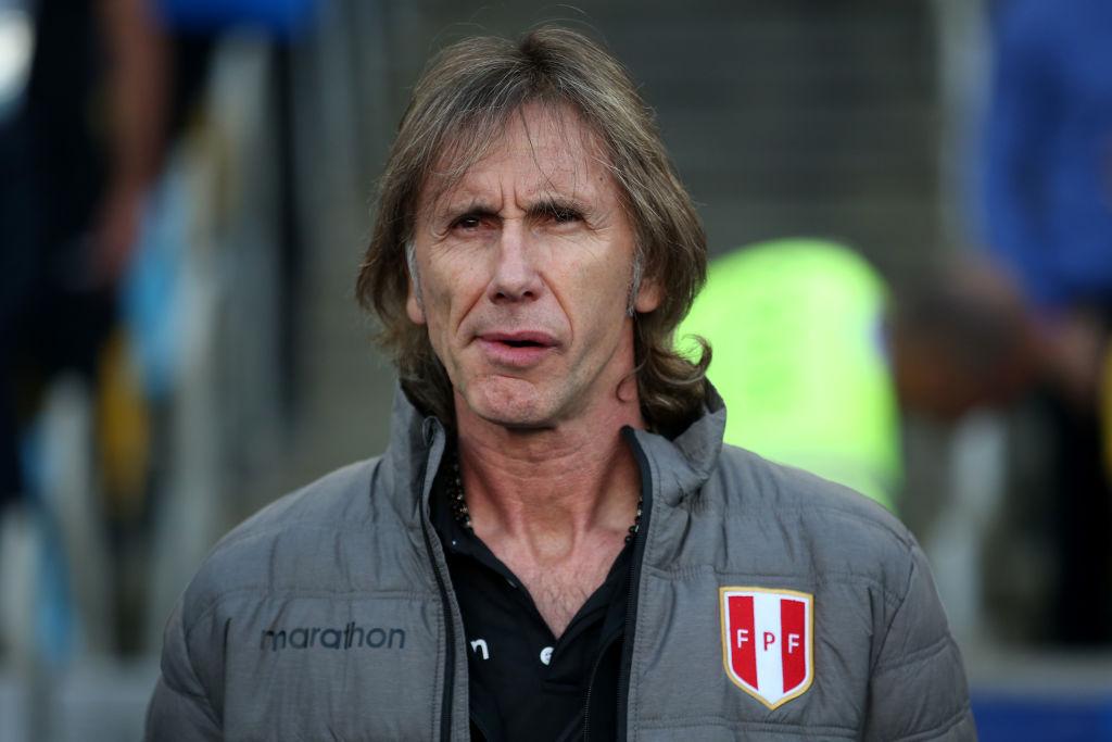 El DT de la Selección de Perú va por Santiago Ormeño