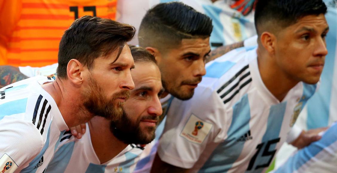 Higuaín aconseja a Messi no jugar en la Premier League porque 'te muelen a patadas'