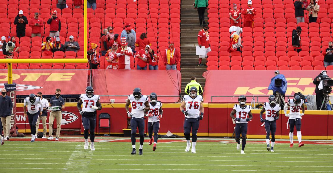 Los Texans abandonan la ceremonia del himno como protesta contra discurso de la NFL