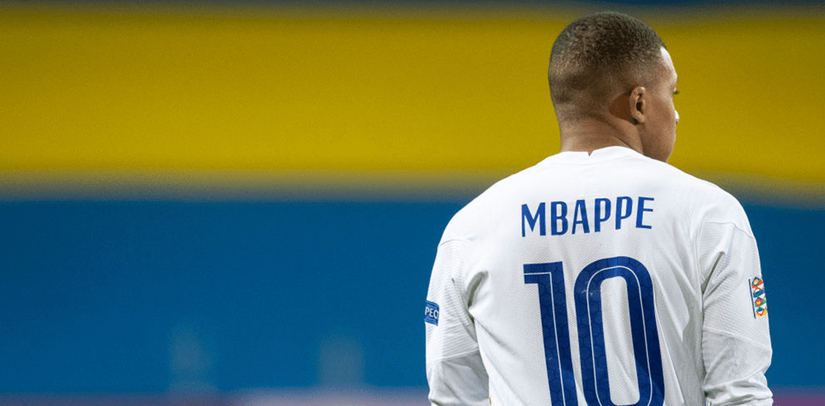 Kylian Mbappé del PSG también dio positivo por coronavirus