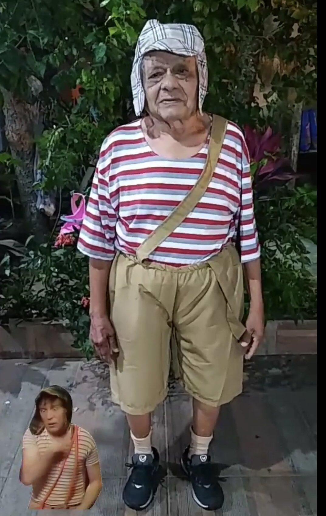 Con disfraz y todo: Familia organiza fiesta de 'El Chavo del 8' a abuelito de 92 años