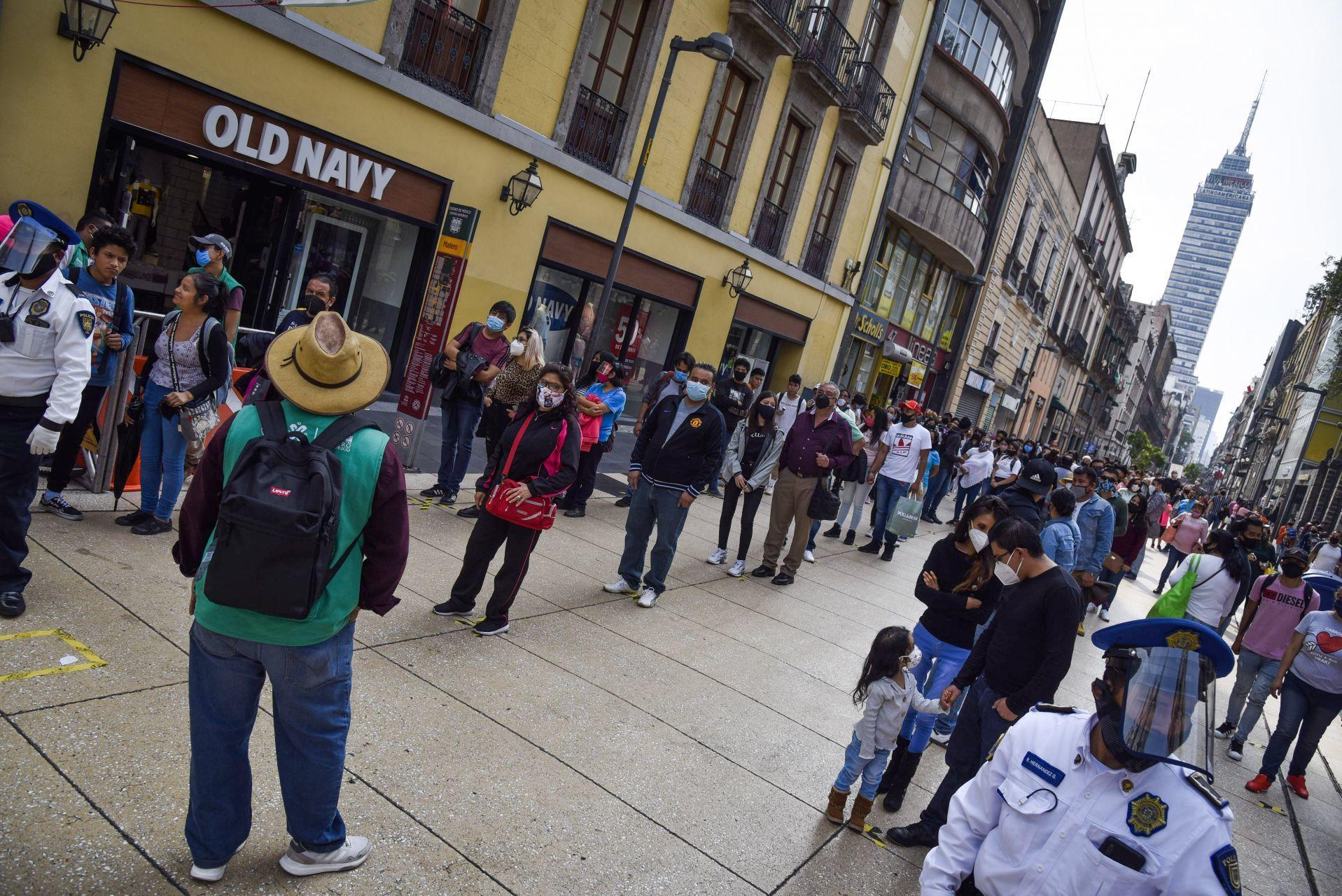 "La OPS advierte que Latinoamérica está reabriendo ""demasiado pronto"""