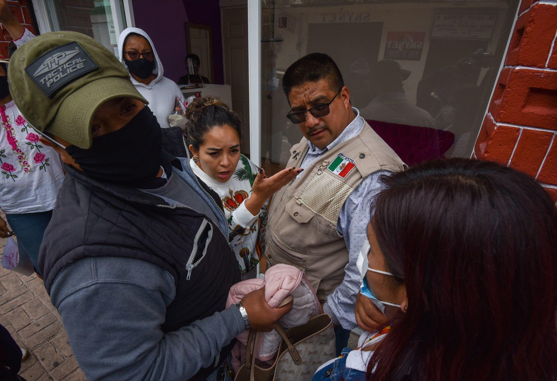 Alcaldesa fue descubierta en un salón de belleza (en horario laboral) durante protesta contra la inseguridad
