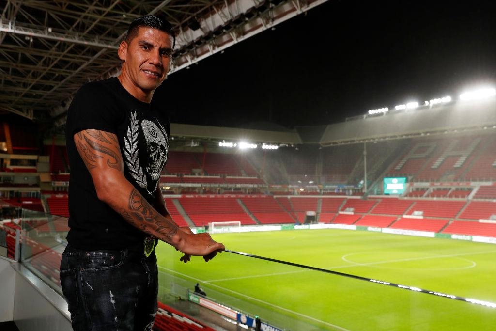 El día que Carlos Salcido llegó al PSV por la influencia de Ronald Koeman