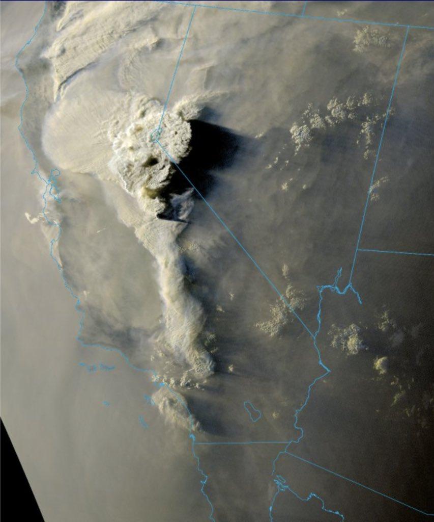 incendios-california-humo-espacio