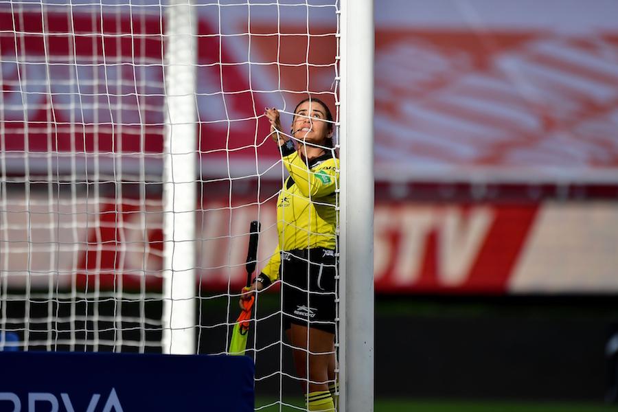 ¿Quiénes son las dos mujeres árbitros en el juego entre México y Guatemala?