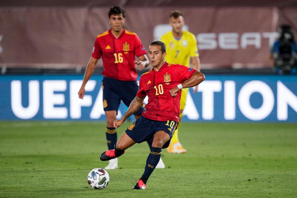 Estas serían las ofertas del Barcelona por Lautaro Martínez y Thiago Alcántara