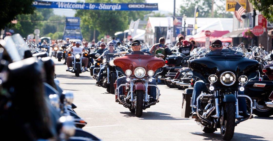 rally-sturgis-motocicletas-estados-unidos
