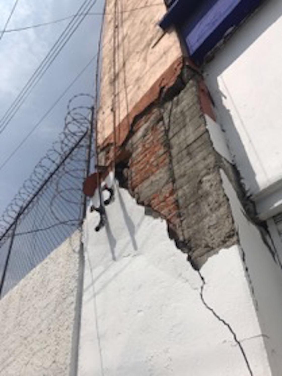 san-antonio-abad-39-sismo-damnificados-lucha-vivienda-edificio-19S-05