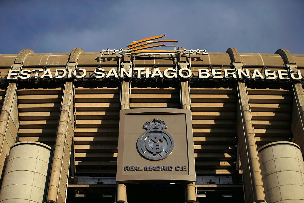 Así luce el Santiago Bernabéu, con cancha retráctil, a 3 meses intensos de remodelación