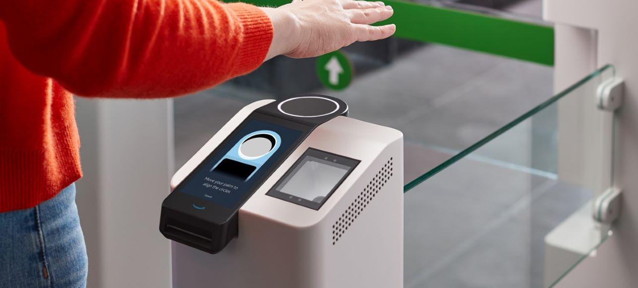 Amazon One: El nuevo sistema de pago con la palma de la mano